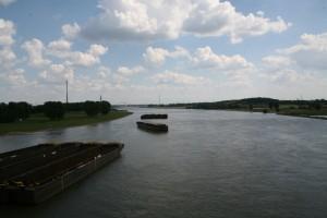 Blick von der Rhein-Brücke
