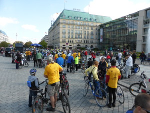 Kreisfahrt 2013: Start am Pariser Platz