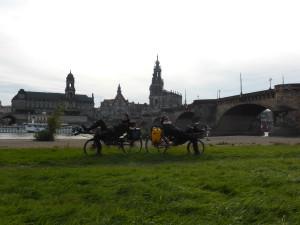 Vor der Augustusbrücke, Dresden