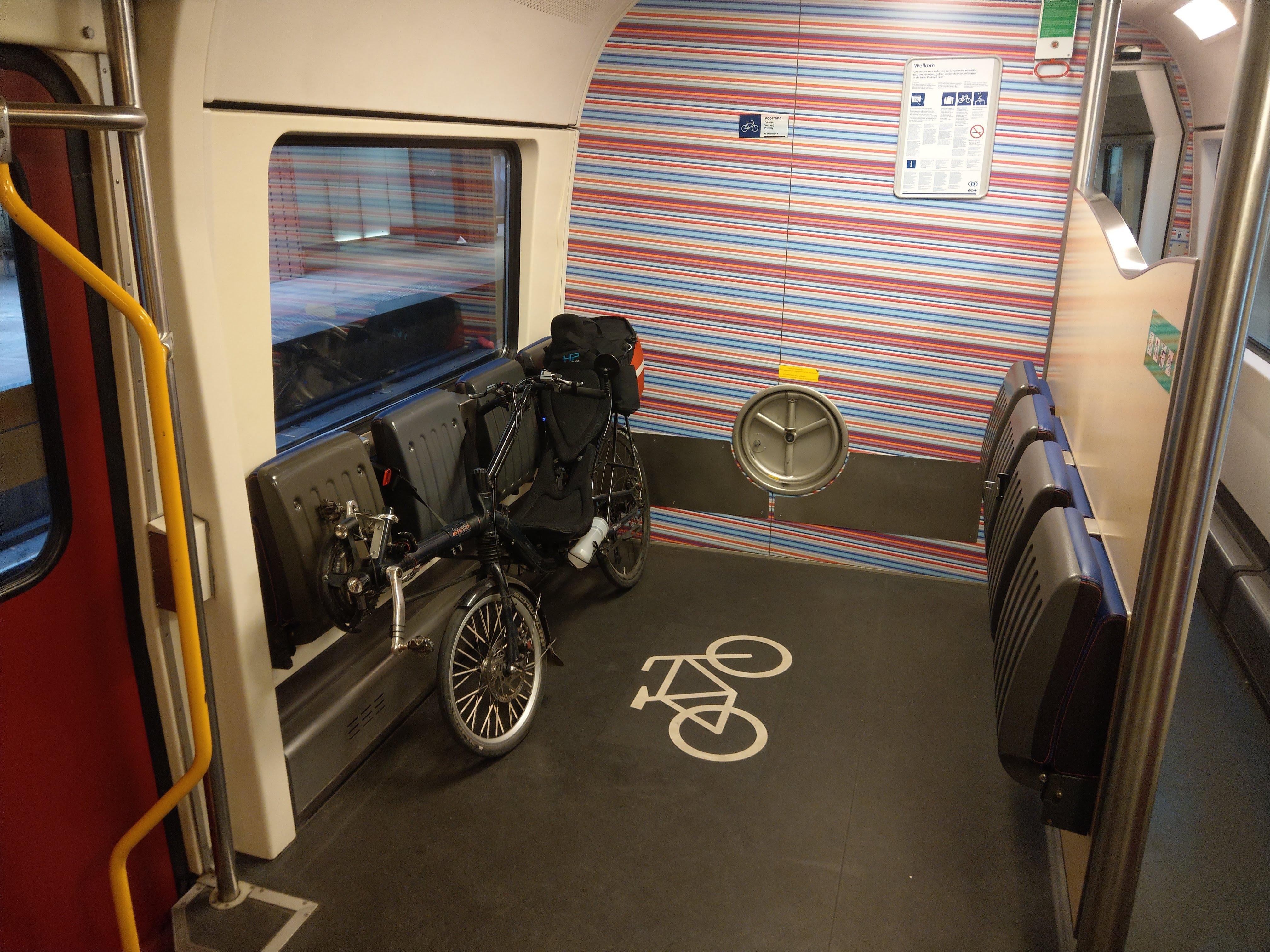Fahrrad im niederländischen IC