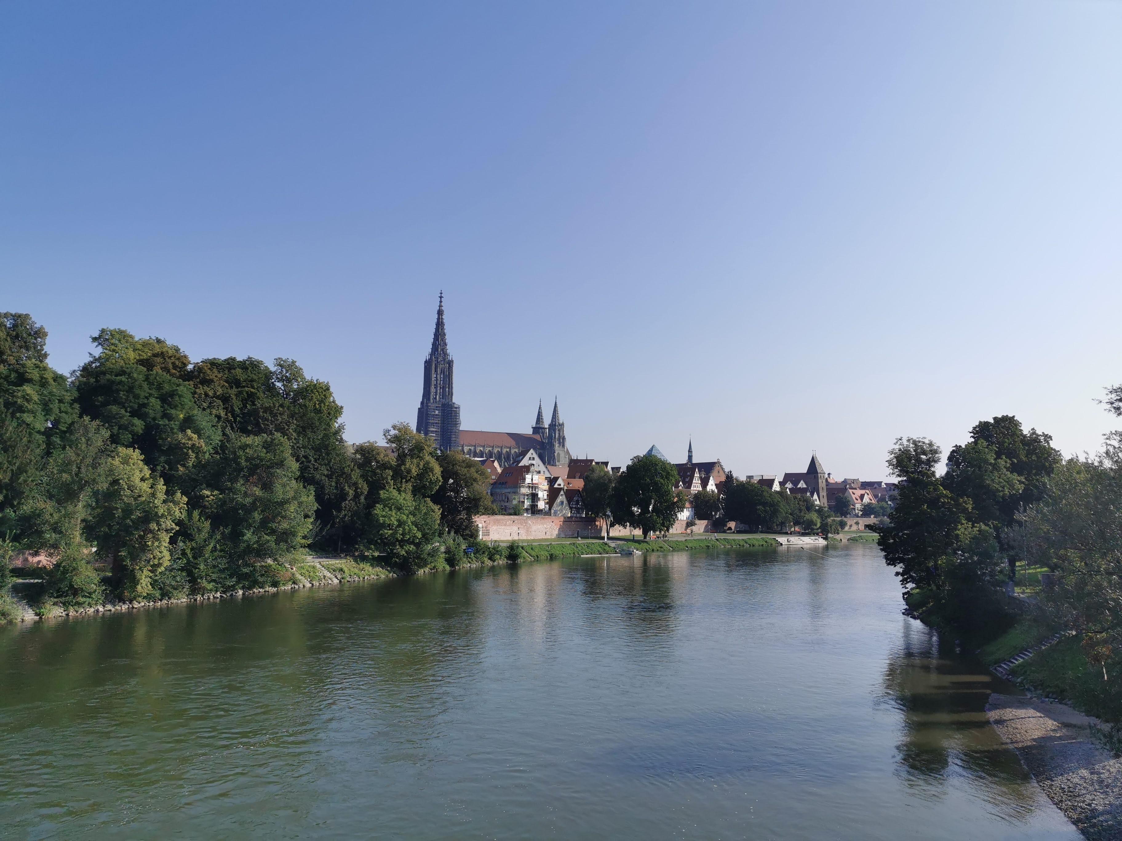 Blick auf Donau und Ulm